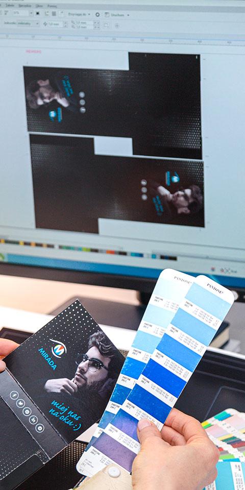 praca nad projektem graficznym - projekty graficzne