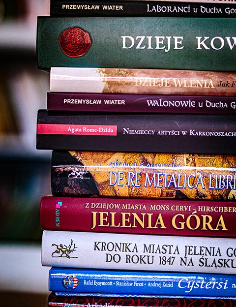 książki - Wydawnictwa naukowe
